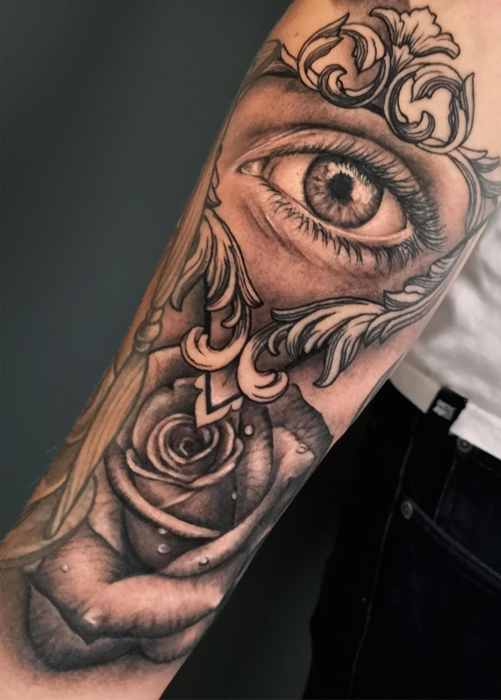 ojo tatuaje