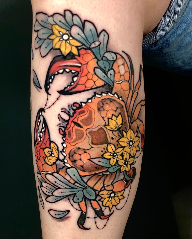 tatuaje con crustáceo por Shio - Zaragoza